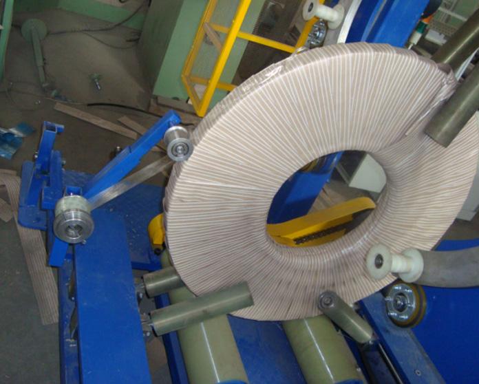 钢带缠绕机
